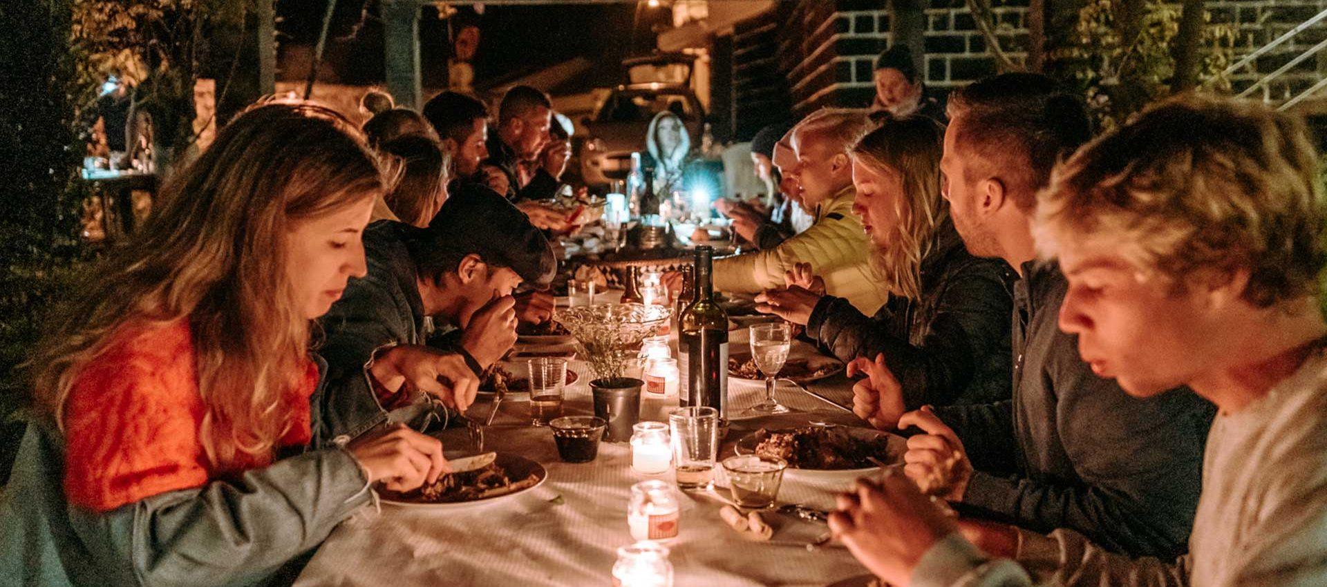 We will enjoy gourmet dinners at the best venues of São Miguel.