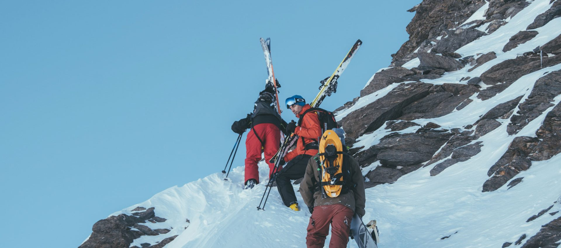 Ever rock climbed in ski gear ? For the advanced riders the local guides will offer more challenging routes.