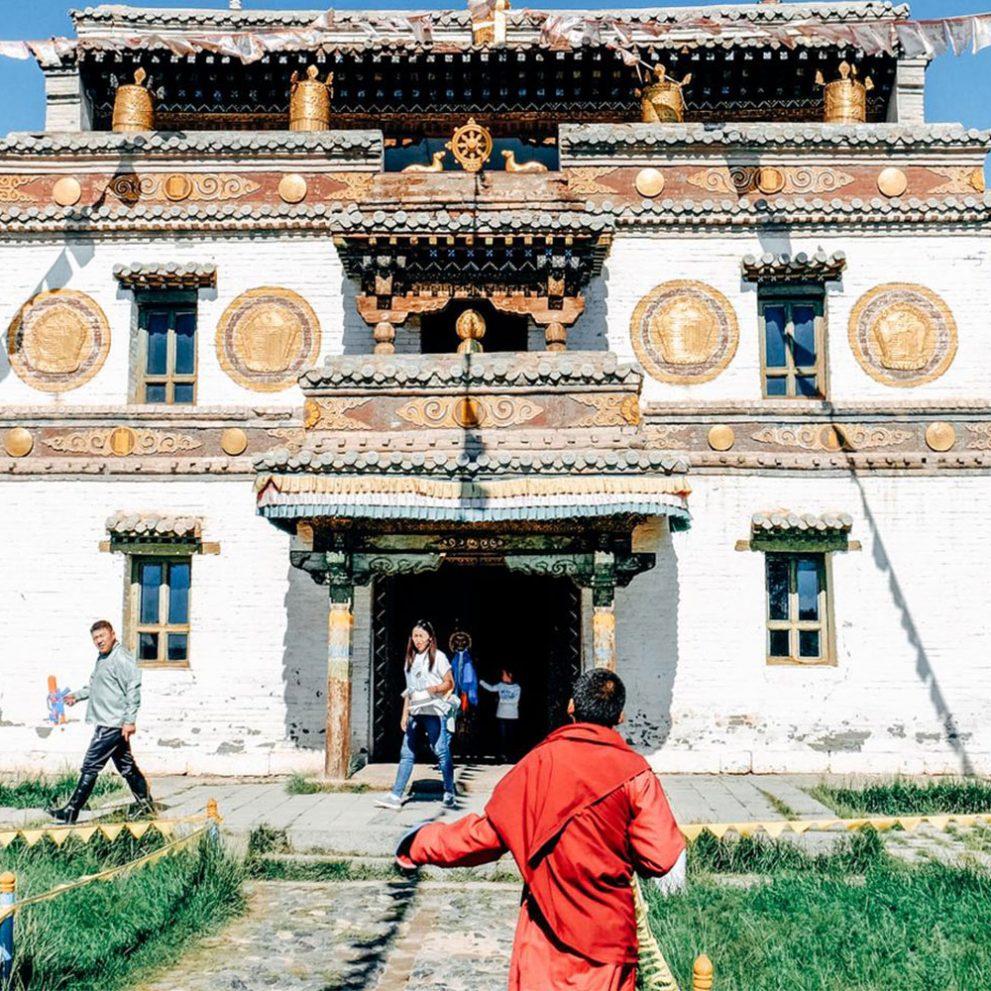 The Erdene Zuu Monastery lies right next to the Ghinggis Khan's capital city Kharkhorin.
